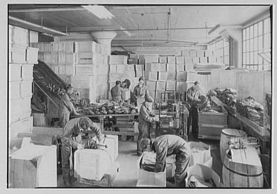 Coat Corp. of America. Shipping department, 1000 W. light