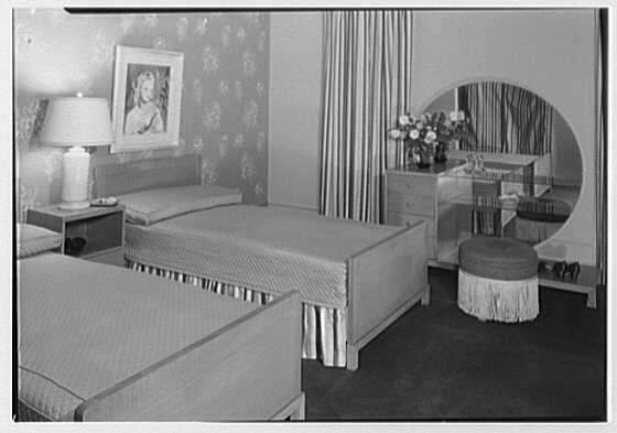 Bedroom set at Quackenbush's, Paterson, New Jersey. General view A