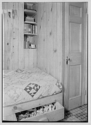David Phillips, residence, R.F.D., Troy, New York. Boy's room