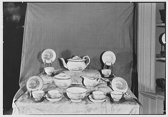 Mrs. Lawrence J. Ullman, business in Tarrytown, New York. China set