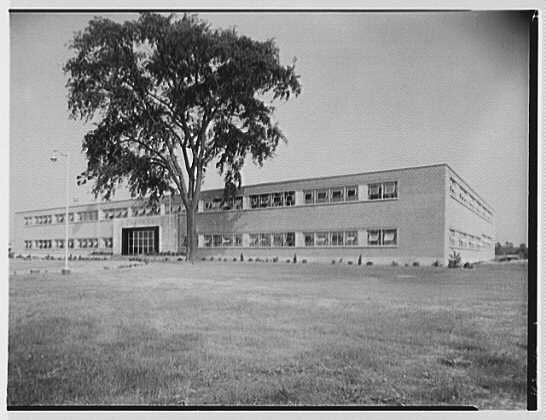 Abbott Laboratories, 1350 Cote de Liesse, Montreal, Canada. General view