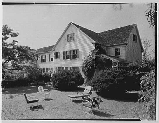 Dr. Miller, residence in Niantic, Connecticut. Neighbor's house I
