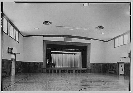 Quaker Ridge Elementary School, Weaver St., Scarsdale, New York. Auditorium