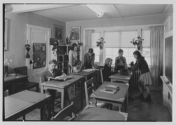 Viewpoint School, Amenia, New York. Small children's schoolroom