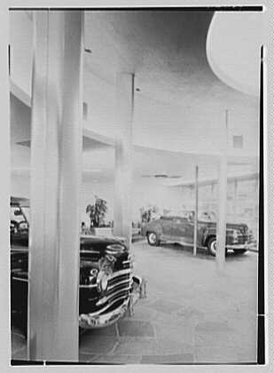 L Motors, business at 175th St. and Broadway, New York City. Interior I