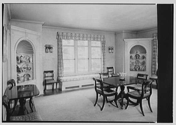 Mrs. Mortimer J. Fox, Foxden, residence in Peekskill, New York. Dining room
