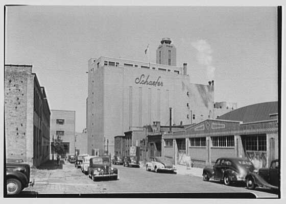 Schaefer's Brewery, Kent Ave., Brooklyn. Center building from street