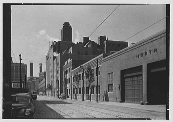Schaefer&#39;s Brewery, Kent Ave., Brooklyn. View south down Kent Ave.