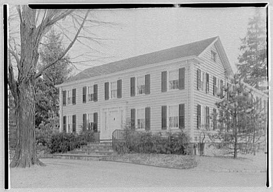 Edward Lay, residence on John St., Greenwich, Connecticut. Entrance facade