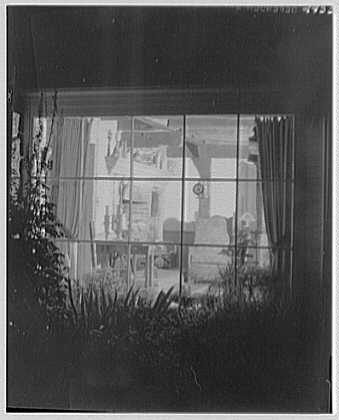 Donn Jefferson Sheets, residence in New Preston, Connecticut. Dining room at night, from without