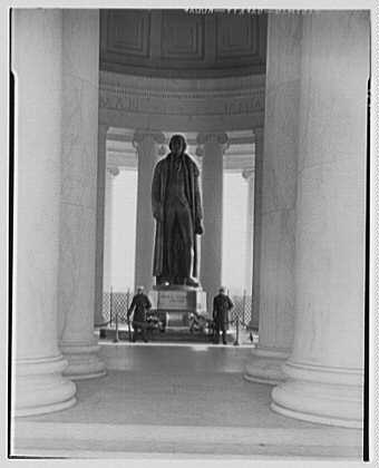 Jefferson Memorial, Washington, D.C. Statue through columns