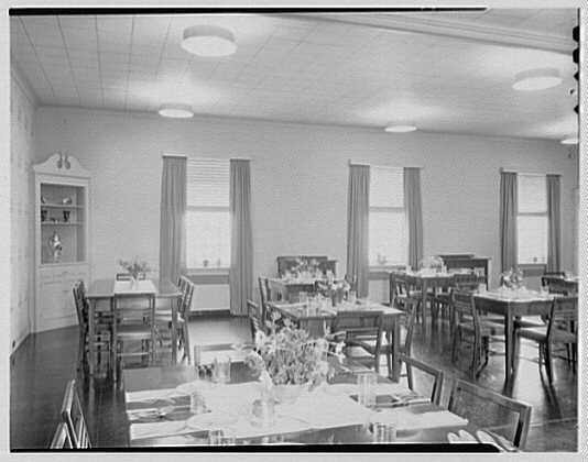 Connecticut College for Women, New London, Connecticut. Grace Smith Faculty Dining Room