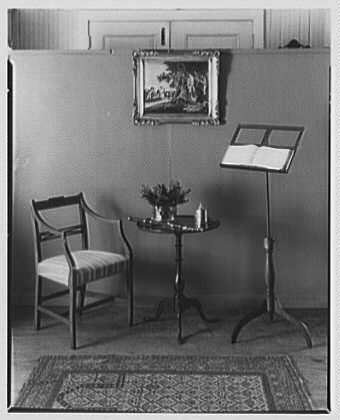 Mrs. Lawrence J. Ullman, business on Prospect Ave., Tarrytown, New York. Music stand group