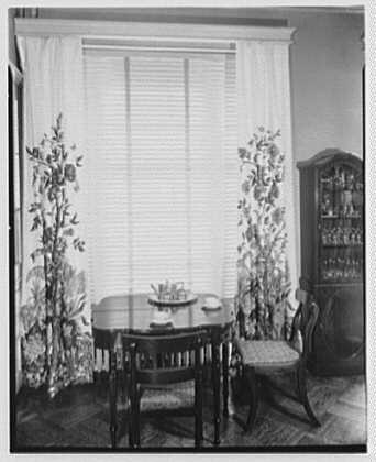 Hilda Kassell, E. 53rd St., New York City. Drapery and breakfast table at Emma Cole's residence
