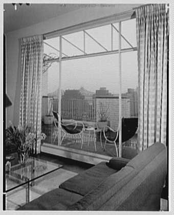 Robert Carson, residence on E. 79th St., New York City. Bridge through big window
