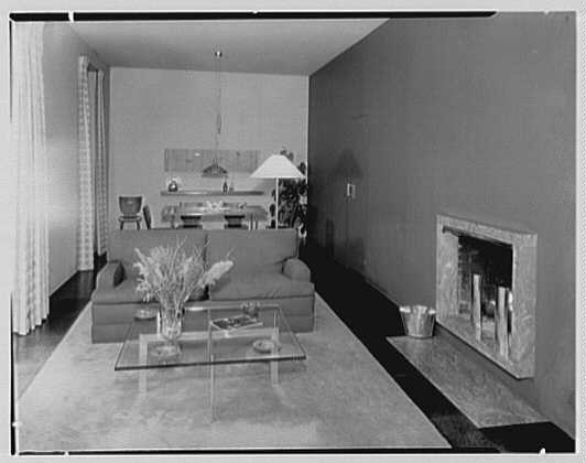 Robert Carson, residence on E. 79th St., New York City. Living room, general view