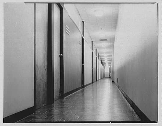 Van Heusen Shirts, 417 5th Ave., New York. Hallway I