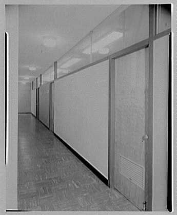 Van Heusen Shirts, 417 5th Ave., New York. Hallway II