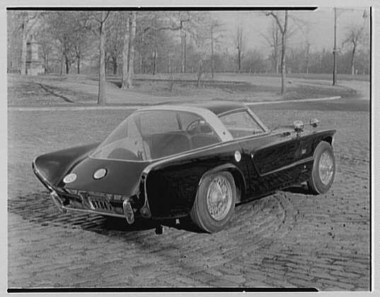 Raymond Loewy's Jaguar car. View V