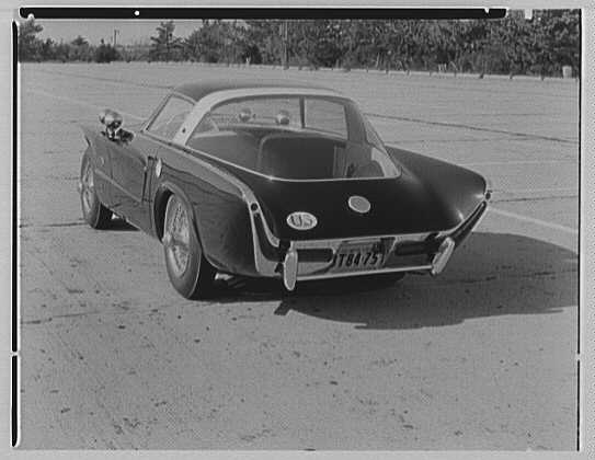 Raymond Loewy Corporation. Jaguar IV