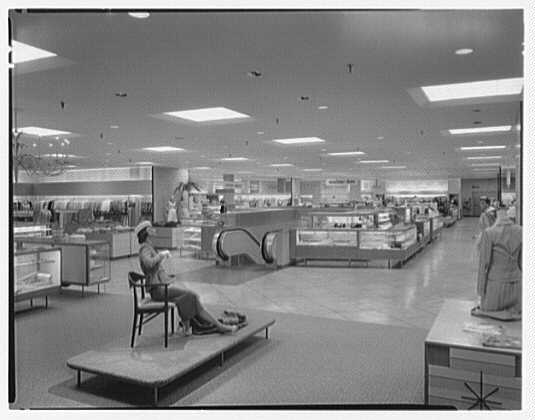 Burdine's department store, business in 163rd St. Shopping Center, Miami, Florida. General view, upper level