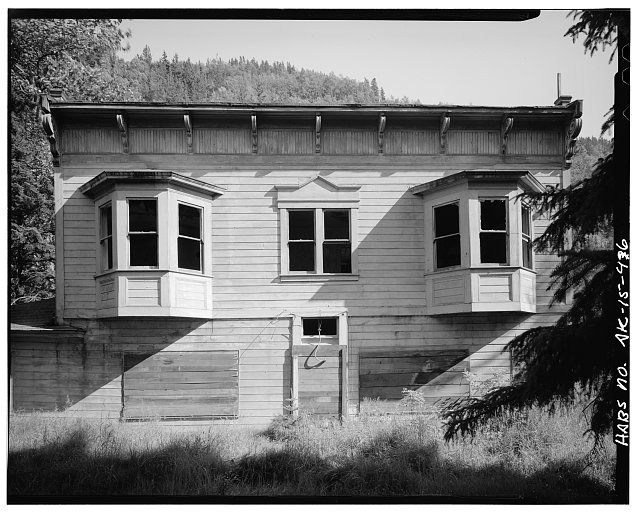 46.  PULLEN HOUSE ANNEX (1898), LOOKING EAST - City of Skagway, Skagway, Skagway, AK