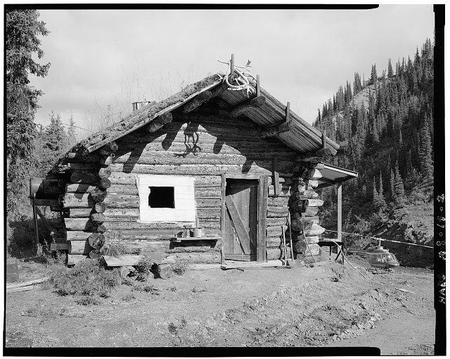 2.  FRONT, VIEW OF SOUTHEAST WALL - Vincent Knorr Cabin, Bettles, Yukon-Koyukuk Census Area, AK