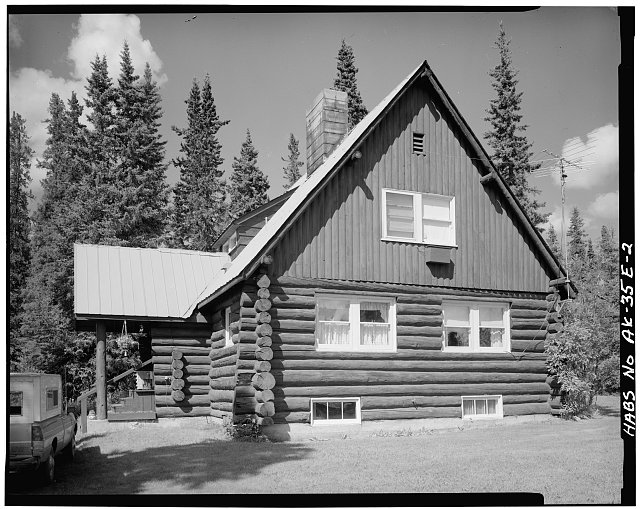 2.  SIDE, LOOKING WEST - Mount McKinley Headquarters, Superintendent's Residence, Cantwell, Denali Borough, AK