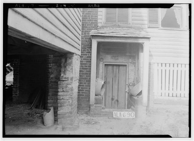 5.  Historic American Buildings Survey W. N. Manning, Photographer, June 12, 1935. ENTRANCE TO BASEMENT (W) ONCE USED AS DINING ROOM - Will Crenshaw Plantation (House), County Road 54, Greenville, Butler County, AL