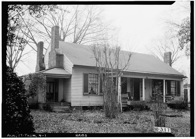 1.  Historic American Buildings Survey W. N. Manning, Photographer, Feb. 2, 1934. FRONT VIEW. - Helen Keller House, 300 West North Commons, Tuscumbia, Colbert County, AL