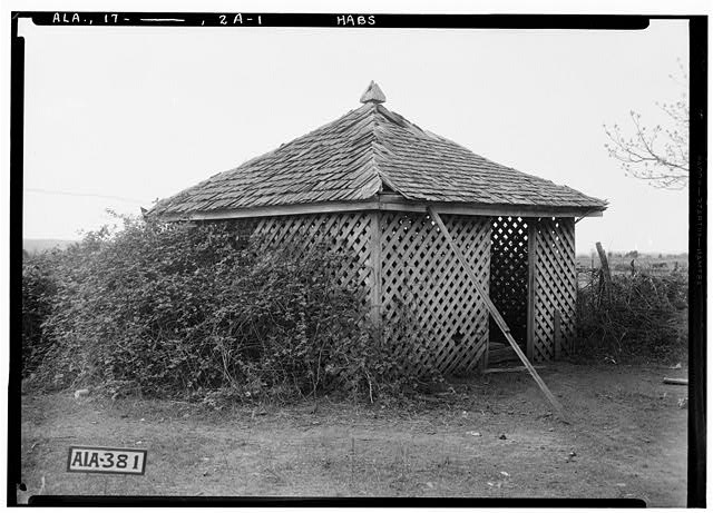 6.  Historic American Buildings Survey Alex Bush, Photographer, March 27, 1935 OLD WELL HOUSE - Drury Vinson House, County Road 63, Leighton, Colbert County, AL