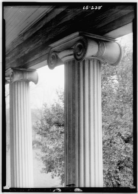 4.  Historic American Buildings Survey Alex Bush, Photographer, December 30, 1934. DETAIL OF COLUMN. - Thornhill Plantation, County Road 19, Forkland, Greene County, AL