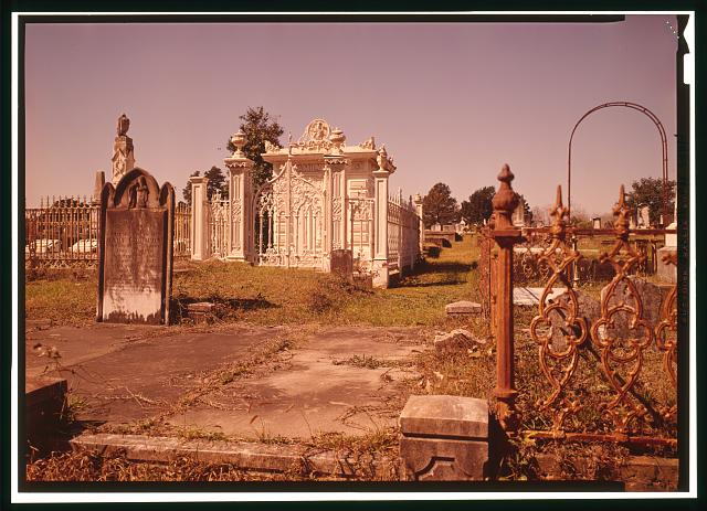 GENERAL VIEW OF FRONT AND SIDE OF TOMB, SHOWING CAST-IRON FENCE - Slatter Family Tomb, Magnolia Cemetery, Virginia Street, Mobile, Mobile County, AL