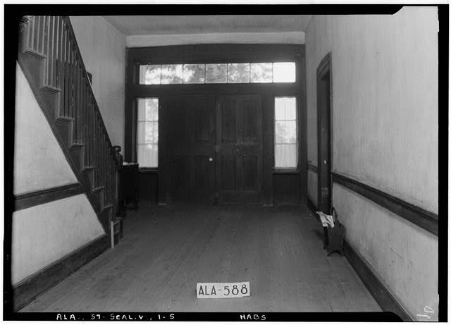 5.  Historic American Buildings Survey W. N. Manning, Photographer, July 18, 1935 STAIRWAY AND HALL, TOWARD FRONT - Bass-Perry House, U.S. Highway 431, Seale, Russell County, AL