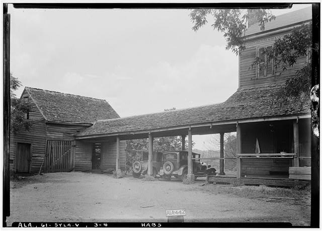 4.  Historic American Buildings Survey Alex Bush, Photographer, May 9, 1935 OLD KITCHEN AND WALK WAY TO MAIN HOUSE (KITCHEN FACES EAST) - Mount Ida, County Road 11, Sylacauga, Talladega County, AL