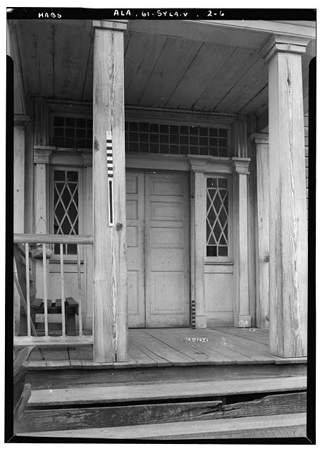 6.  Historic American Buildings Survey E. W. Russell, Photographer, June 17, 1937 CLOSE UP OF ENTRANCE FROM THE SIDE SHOWING SIDE LIGHTS. - Wewoka, Riser Mill Road, Sylacauga, Talladega County, AL