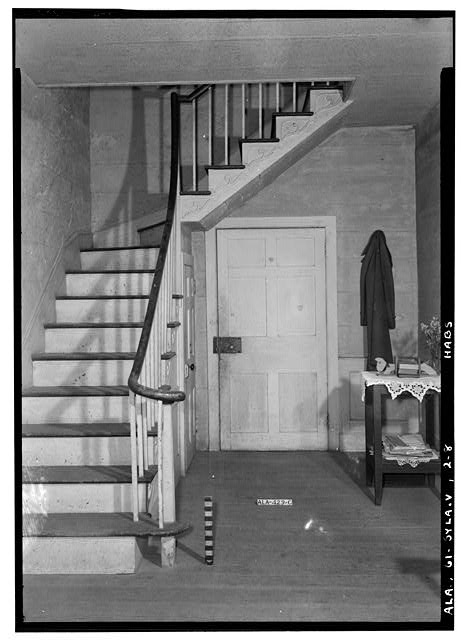 8.  Historic American Buildings Survey E. W. Russell, Photographer, June 17, 1937 VIEW OF MAIN STAIR AND HALL FROM FRONT ENTRANCE - Wewoka, Riser Mill Road, Sylacauga, Talladega County, AL