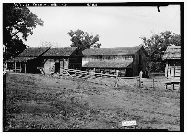 6.  Historic American Buildings Survey Alex Bush, Photographer, May 8, 1935 FRONT (W) AND SOUTH SIDE OF BARN - Thornhill, State Road 21, Talladega, Talladega County, AL