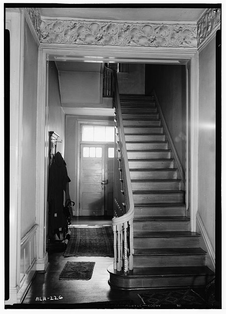 10.  Historic American Buildings Survey Alex Bush, Photographer, October 5, 1936 STAIR IN SOUTH END OF CROSS-HALL, FIRST FLOOR - Alfred Battle Home, Greensboro Avenue, Tuscaloosa, Tuscaloosa County, AL