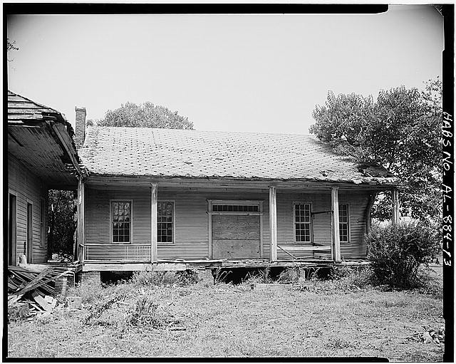 13.  View of main section, south side - Josiah Haigler Plantation House, County Highway 37 North of U.S. Highway 80, Burkville, Lowndes County, AL