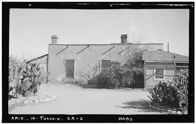 2.  Historic American Buildings Survey Frederick D. Nichols, Photographer January 1938 SIDE ELEVATION (WEST) VIEW LOOKING WEST - Fort Lowell, Officers' Quarters, Fort Lowell Road Vicinity, Tucson, Pima County, AZ