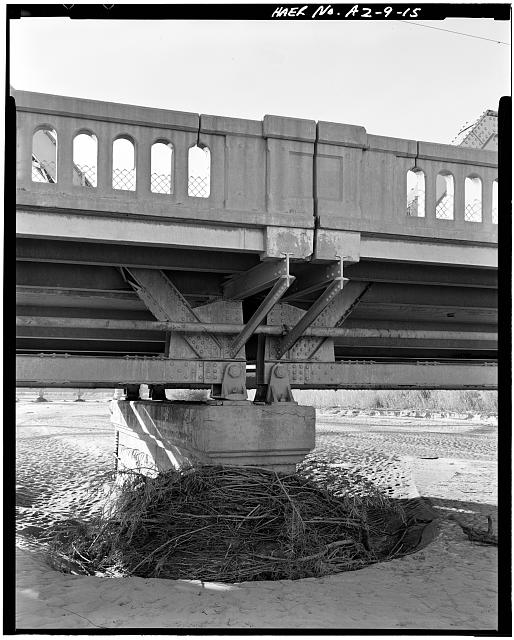 15.  PIER DETAIL LOOKING DOWNRIVER. VIEW TO WEST. - Holbrook Bridge, Spanning Little Colorado River at AZ 77, Holbrook, Navajo County, AZ