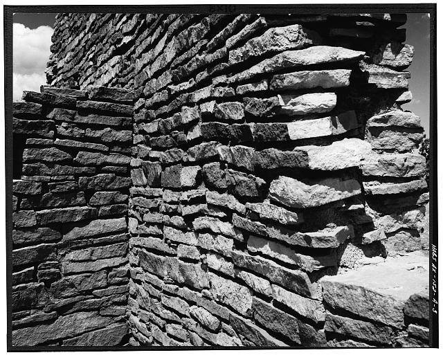 3.  DETAILED VIEW OF STONE AND MORTAR WALL CONSTRUCTION - Wupatki, Wupatki Ruin, U.S. Highway 89, Loop Road, Flagstaff, Coconino County, AZ