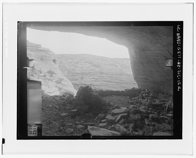 4.  GENERAL VIEW, YUCCA HOUSE RUINS Copy photograph of photogrammetric plate LC-HABS-GS11-AZ-212-12R - Yucca House Ruin, Canyon del Muerto, Chinle, Apache County, AZ