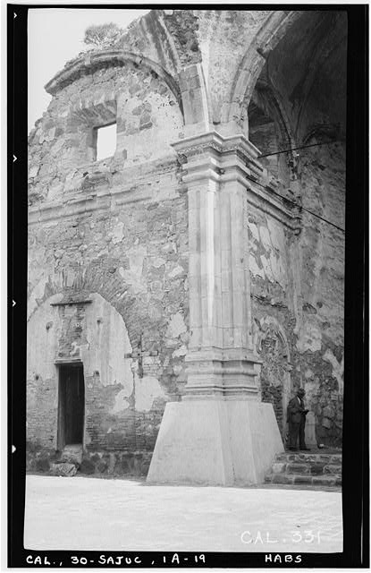 19.  Historic American Buildings Survey Photographed by Henry F. Withey June 1936 STONE CHURCH, PILASTERS AT LEFT (WEST) OF SANCTUARY - Mission San Juan Capistrano, Stone Church, Olive Street, between U.S. Highway 101 & Main Street, San Juan Capistrano, Orange County, CA