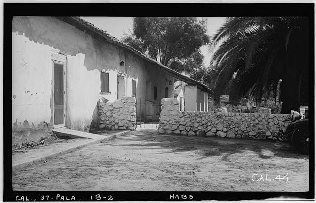 11.  Historic American Buildings Survey Photographed by Henry F. Withey October 1936 LIVING QUARTERS WEST ELEVATION, SOUTH END. - Asistencia of San Antonio de Pala, Mission Road, Pala, San Diego County, CA