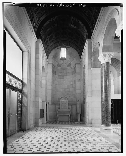 Monica Griesbach, Photographer August 1997. VIEW OF LOS ANGELES CITY HALL THIRD FLOOR ENTRANCE WEST SIDE OF ROTUNDA, FACING NORTH. - Los Angeles City Hall, 200 North Spring Street, Los Angeles, Los Angeles County, CA