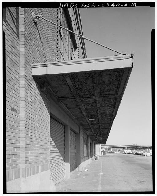 Detail of metal canopy on north elevation of loading dock, looking west - Southern Pacific Railroad Depot, Railroad Terminal Post Office & Express Building, Fifth & I Streets, Sacramento, Sacramento County, CA