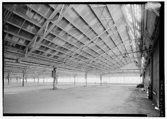 14.  VIEW TO SOUTHWEST AT NORTH END OF SECOND-FLOOR ASSEMBLY AREA. VIEW SHOWS DETAILS OF SAWTOOTH ROOF STRUCTURE. - Rosie the Riveter National Historical Park, Ford Assembly Plant, 1400 Harbour Way South, Richmond, Contra Costa County, CA