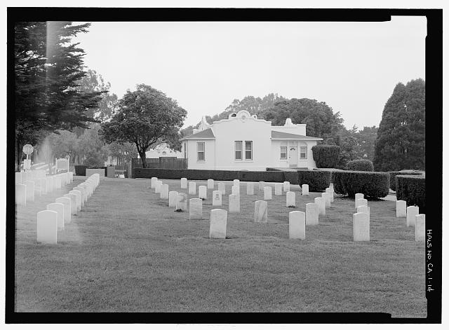 VIEW OF CEMETERY SECTION H, WITH LODGE BUILDING AT BACKGROUND.  VIEW TO NORTHWEST. - San Francisco National Cemetery, 1 Lincoln Boulevard, San Francisco, San Francisco County, CA